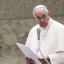 Non nascondete il Papa in campo per Alfie Evans