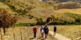 Domani si inaugura il cammino dei Briganti, 100 km a piedi tra paesi medievali e natura