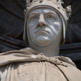 """Roberto d'Angiò """"il Saggio"""", il re di Napoli che costruì il gioiello di Santa Chiara"""
