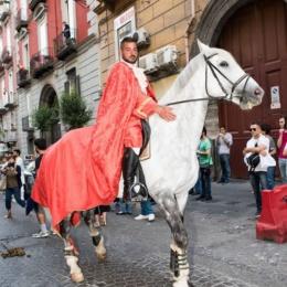 29 maggio 2016 Re Carlo entra a Napoli…