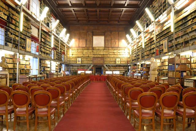 areco-design_biblioteca