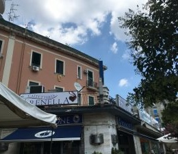 """Il primo take away? A Napoli! Ecco la storia de """"Il Pignatiello"""""""
