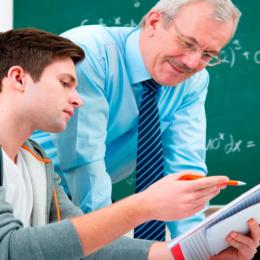 Qual è il fondamento del rapporto educativo alunno-maestro?