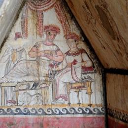 La tomba sannitica dal museo dei Campi Flegrei nel castello di Baia