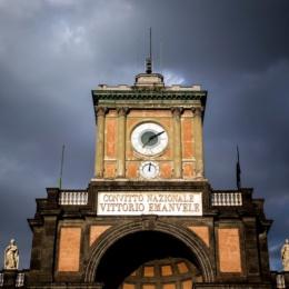 L'equazione del tempo a P.zza Dante a Napoli
