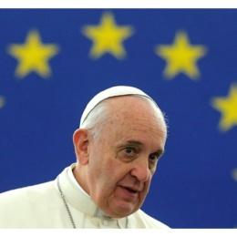 Il Papa all'Europa: ripartire dall'uomo