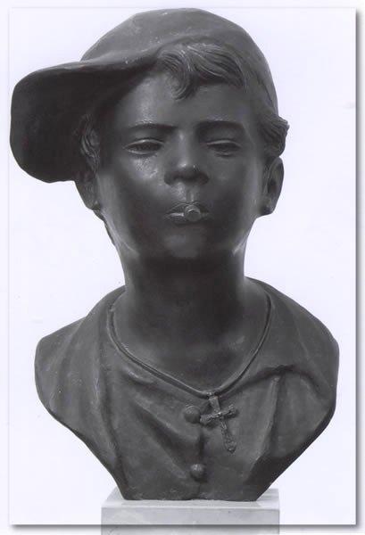"""""""Scugnizzo"""", bronzo (cm 52) dello scultore Giovanni De Martino (Napoli, 1870 – 1938)"""