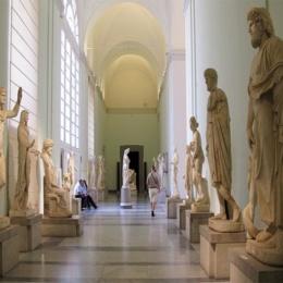 SUD: QUEGLI STRANI ACCORDI AL MUSEO ARCHEOLOGICO DI NAPOLI