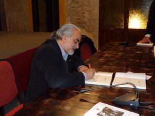 Fernando Riccardi firma dediche