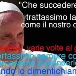 Il Papa paga un anno d'affitto al lido per disabili sulla spiaggia di Focene