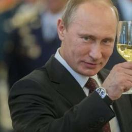 """Vladimir Putin è profondamente corrotto o """"incorruttibile"""" ?"""