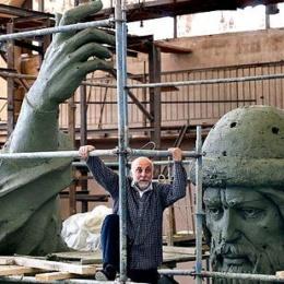 E se Dio stesse usando la Russia? Perché la nuova statua di San Vladimir a Mosca ci riguarda – di Rino Cammilleri