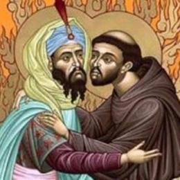 La vuota retorica sul dialogo con l'islam e l'esempio (sbagliato) di san Francesco