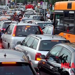 Automobili, a Milano ci sono 338mila auto senza assicurazione A Milano 338mila auto senza assicurazione, altre 314mila senza revisione