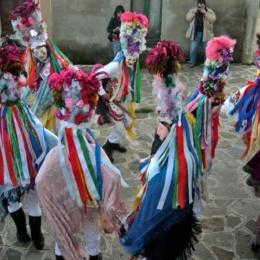 Carnevale di Alessandria del Carretto 2020: i pulcinella belli e le maschere tradizionali