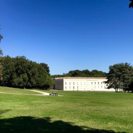 """Capodimonte/Dopo il parco, riapre i battenti anche il museo. E tornerà """"l'arredatore sonoro"""" Rosario Ruggiero"""