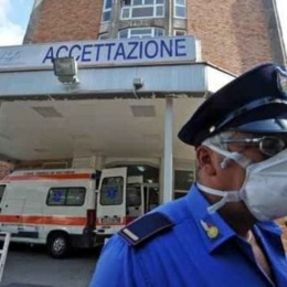 """Coronavirus, la stampa estera elogia il Cotugno: """"È l'eccezione: nessun medico infetto"""""""
