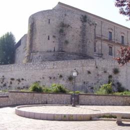 Teggiano – il Castello della Congiura dei Baroni