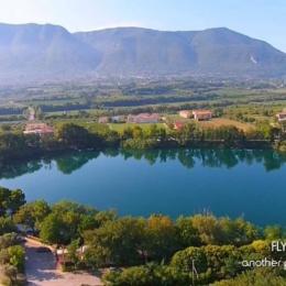 Il Lago di Telese Terme, il gioiello nato da un terremoto