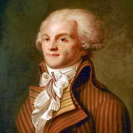 Robespierre non fa meno paura di Stalin