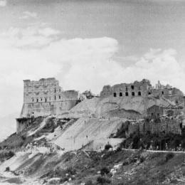 Il 15 febbraio del 1944 Montecassino fu distrutta: un libro suggerì il bombardamento