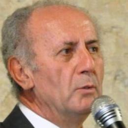 LUCIANO SARDA TORNA ALLA CASA DEL PADRE ACCOMPAGNATO DAI SUOI ZAMPOGNARI