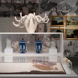 Danzare tra parati e porcellane: Diego Cibelli al Museo di Capodimonte