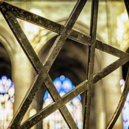 Bimbi usati per sperimentazioni e per riti satanici